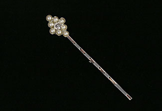 Little Kisses Pearl Hairpin