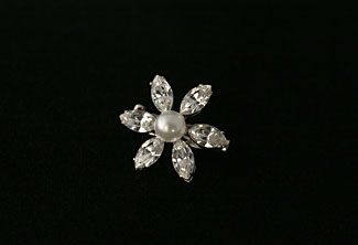 Daisy Bell Small Brooch